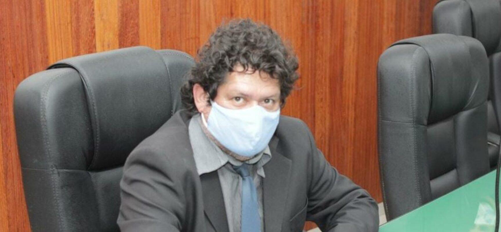 Vereador Edvaldo Gomes cobra do governador melhorias para a 13ª Ciretran.