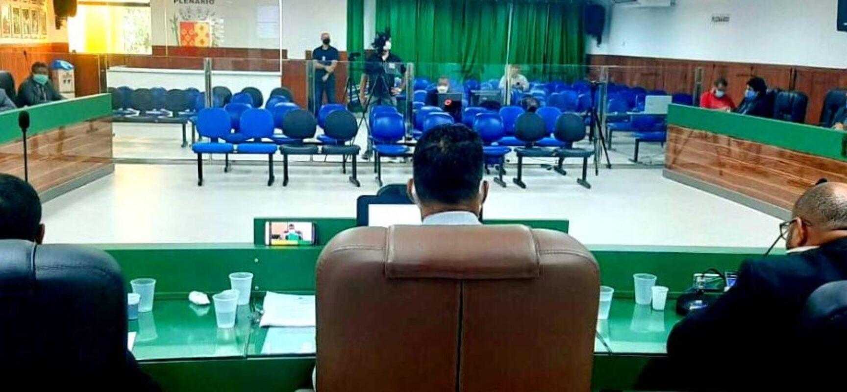 Vereadores retornam ao plenário na próxima terça, mas transmissão das sessões continuará remota