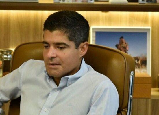 """ACM Neto desconversa sobre possibilidade de subir no palanque com Bolsonaro: """"Único que não pode transmitir opinião sou eu"""""""