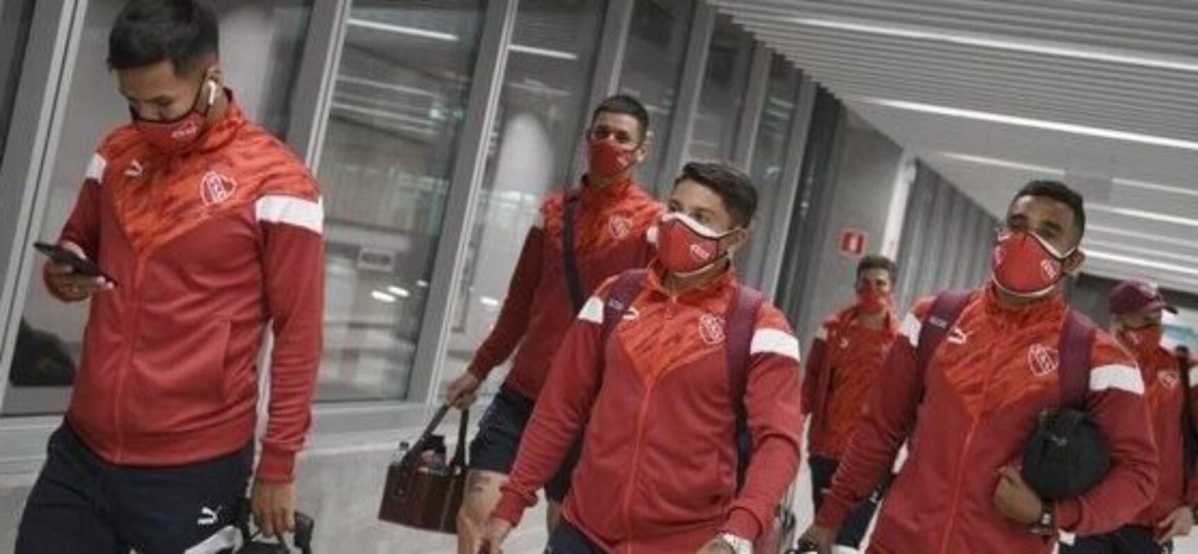 Atletas do Independiente testam positivo para Covid-19 e partida contra o Bahia é adiada