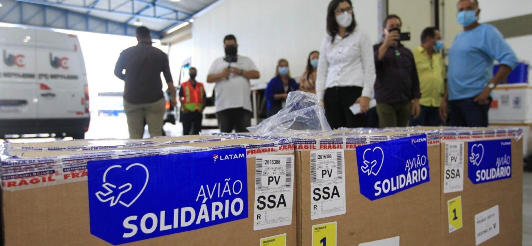 Bahia recebe primeiro lote de vacinas da Pfizer