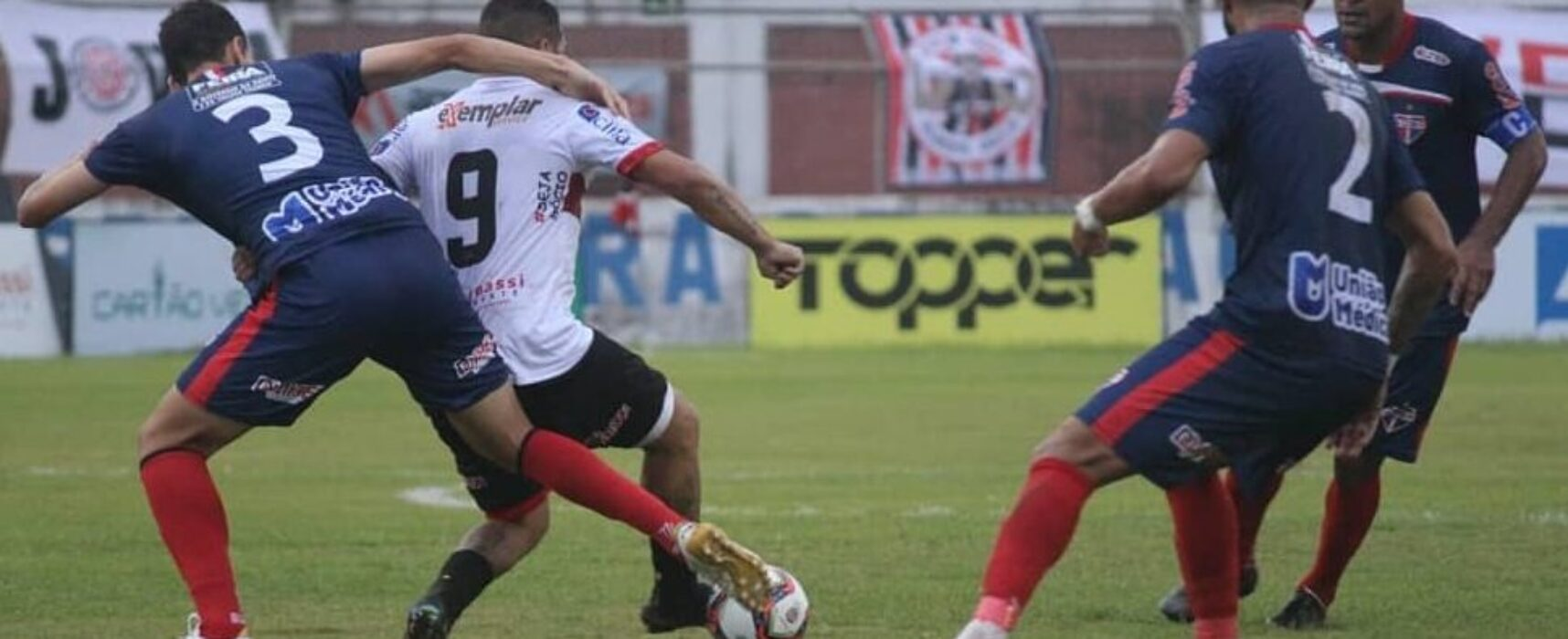 Em jogo de tirar o fôlego, Atlético e Bahia de Feira empatam com gols nos acréscimos