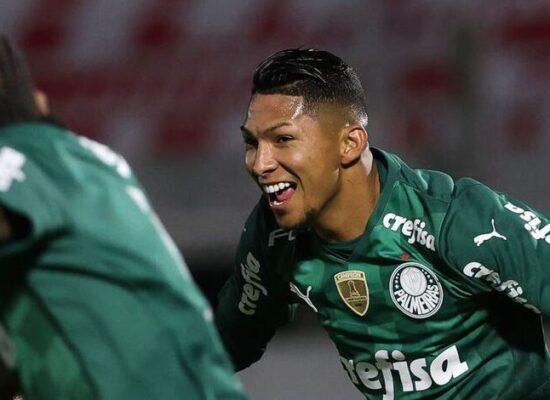 Palmeiras vence Bragantino e avança para semifinal do Paulista