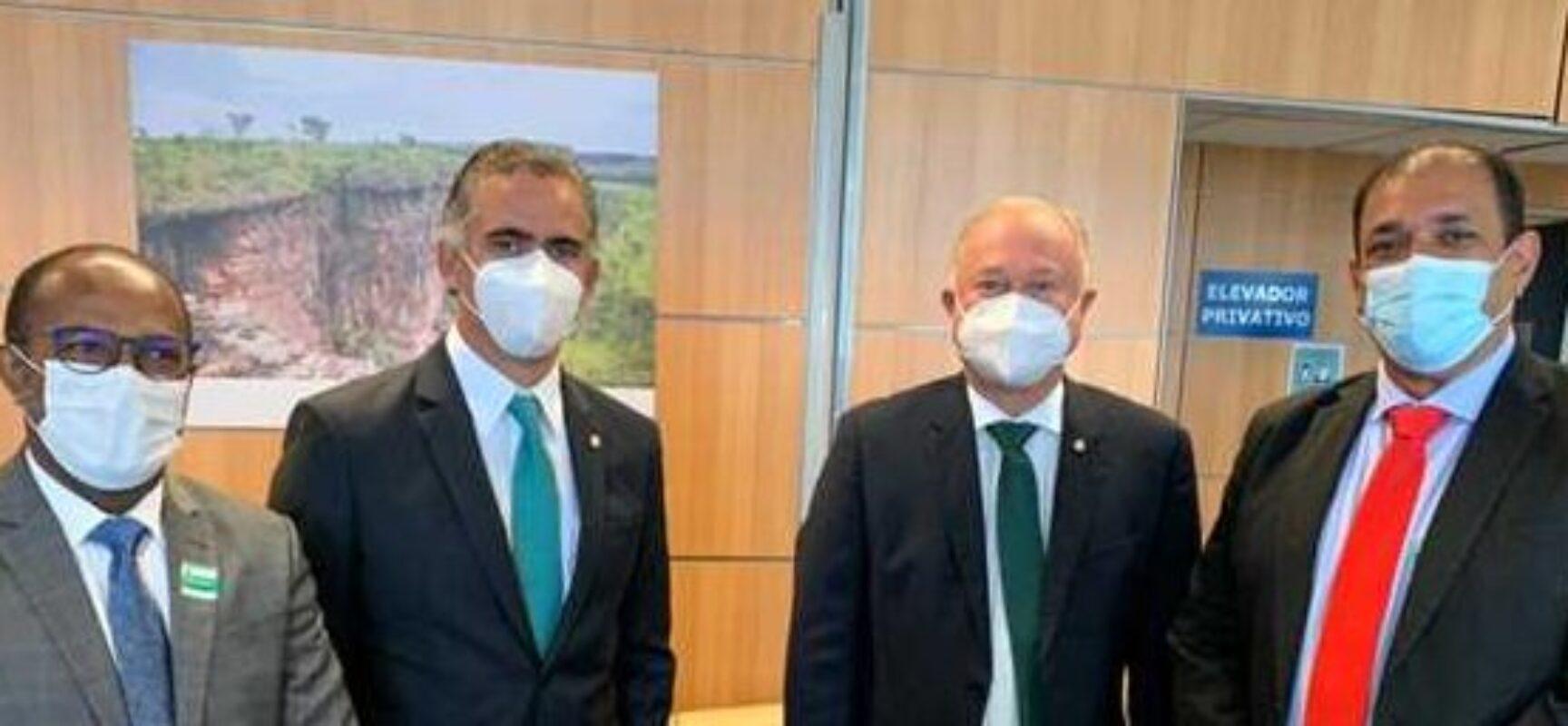 "Prefeito visita Ministério do Turismo e apresenta Projeto ""Ilhéus Rumo aos 500 Anos"""