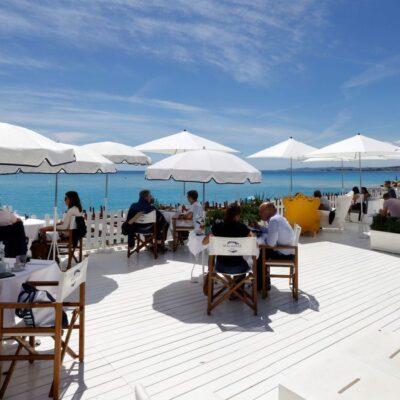UE aceita aliviar restrições de viagem a turistas de fora do bloco