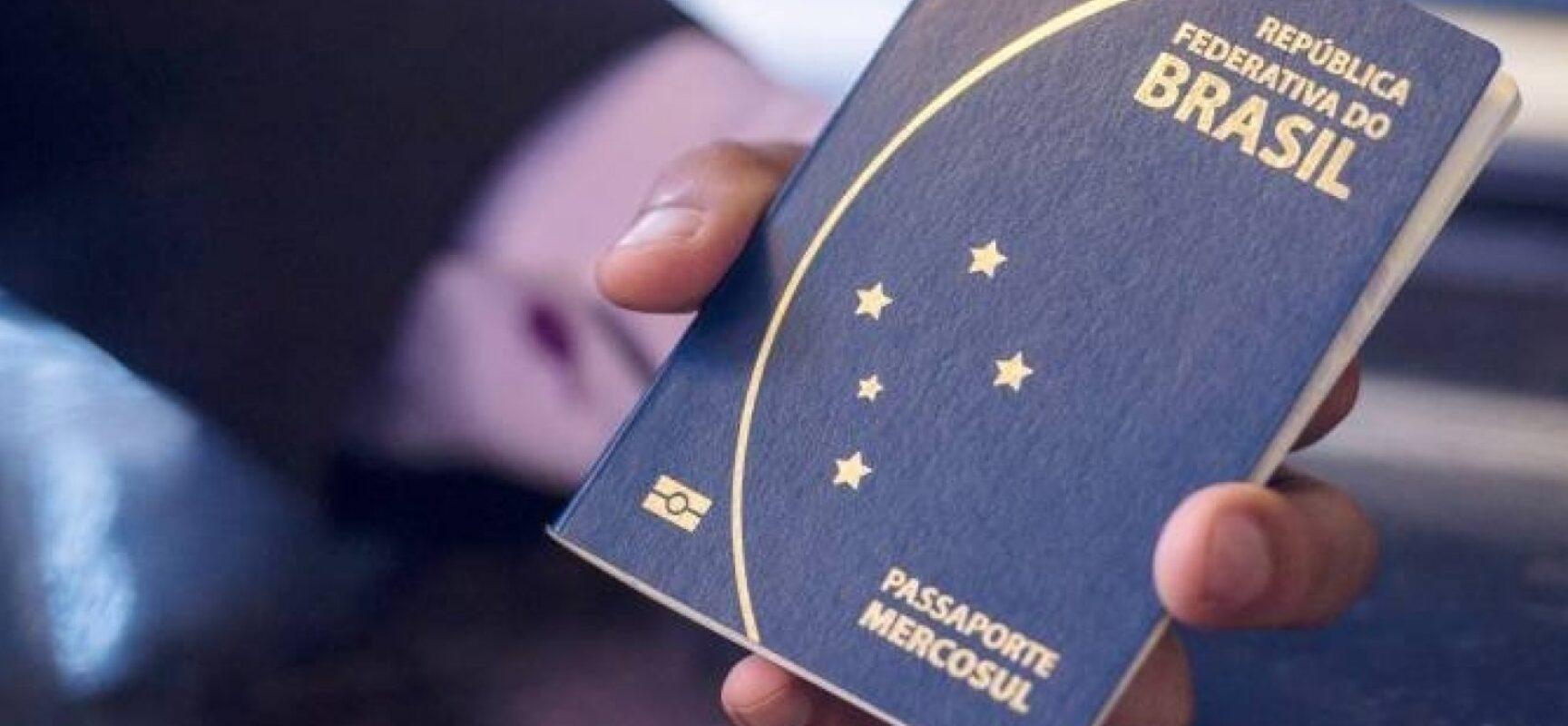 Vacina vira passaporte na retomada do turismo no mundo