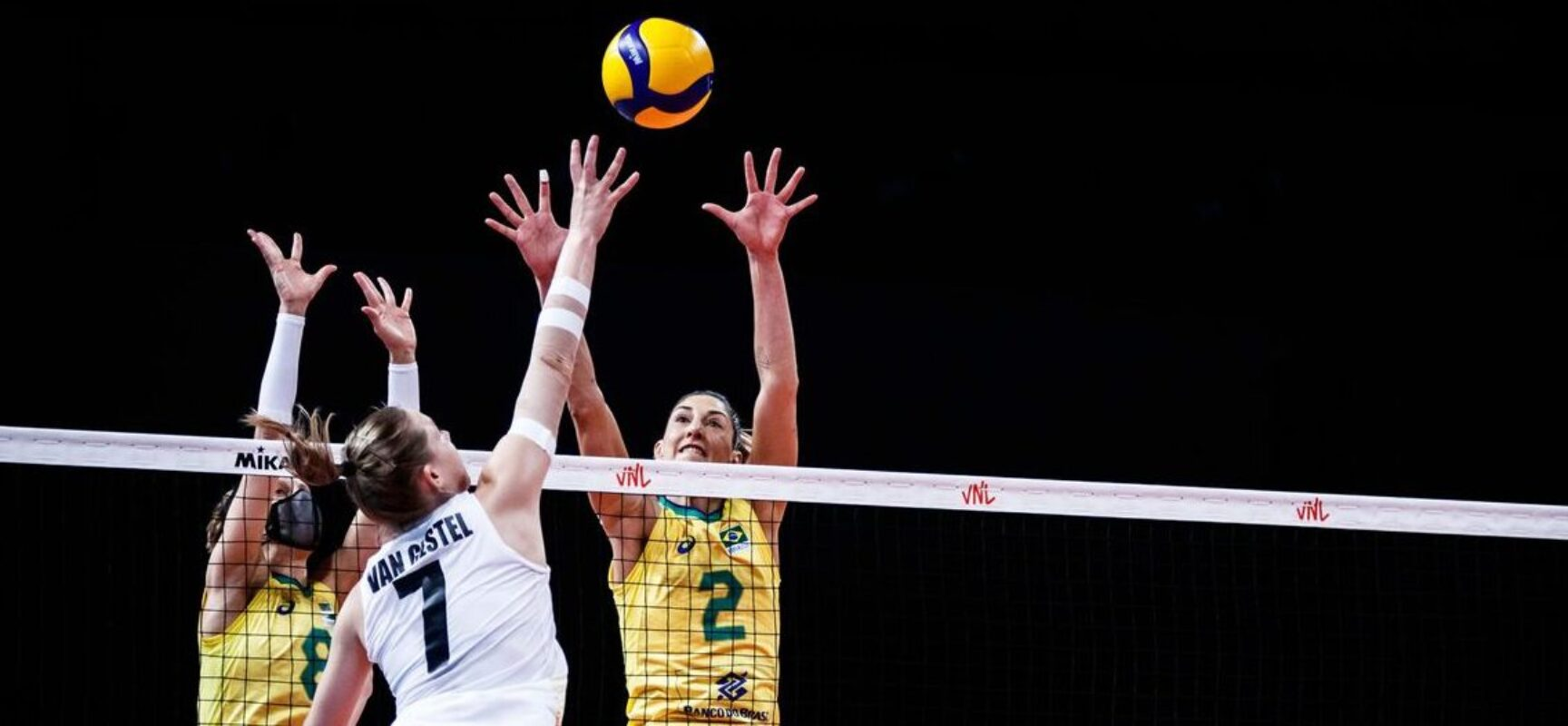 Brasil bate Bélgica e sobe na tabela da Liga das Nações feminina