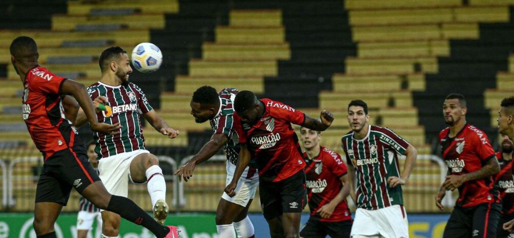 Brasileiro: Athletico-PR supera Fluminense e permanece vice-líder