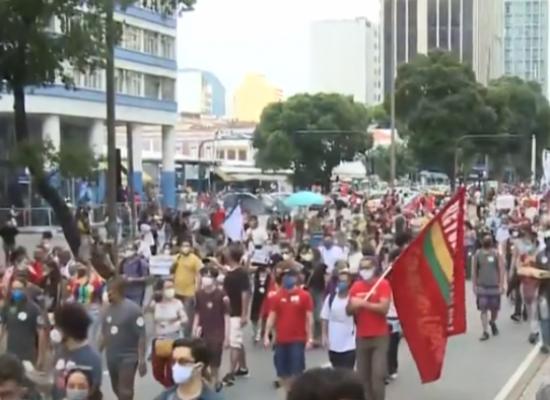 Capitais registram protestos contra o presidente Jair Bolsonaro neste sábado