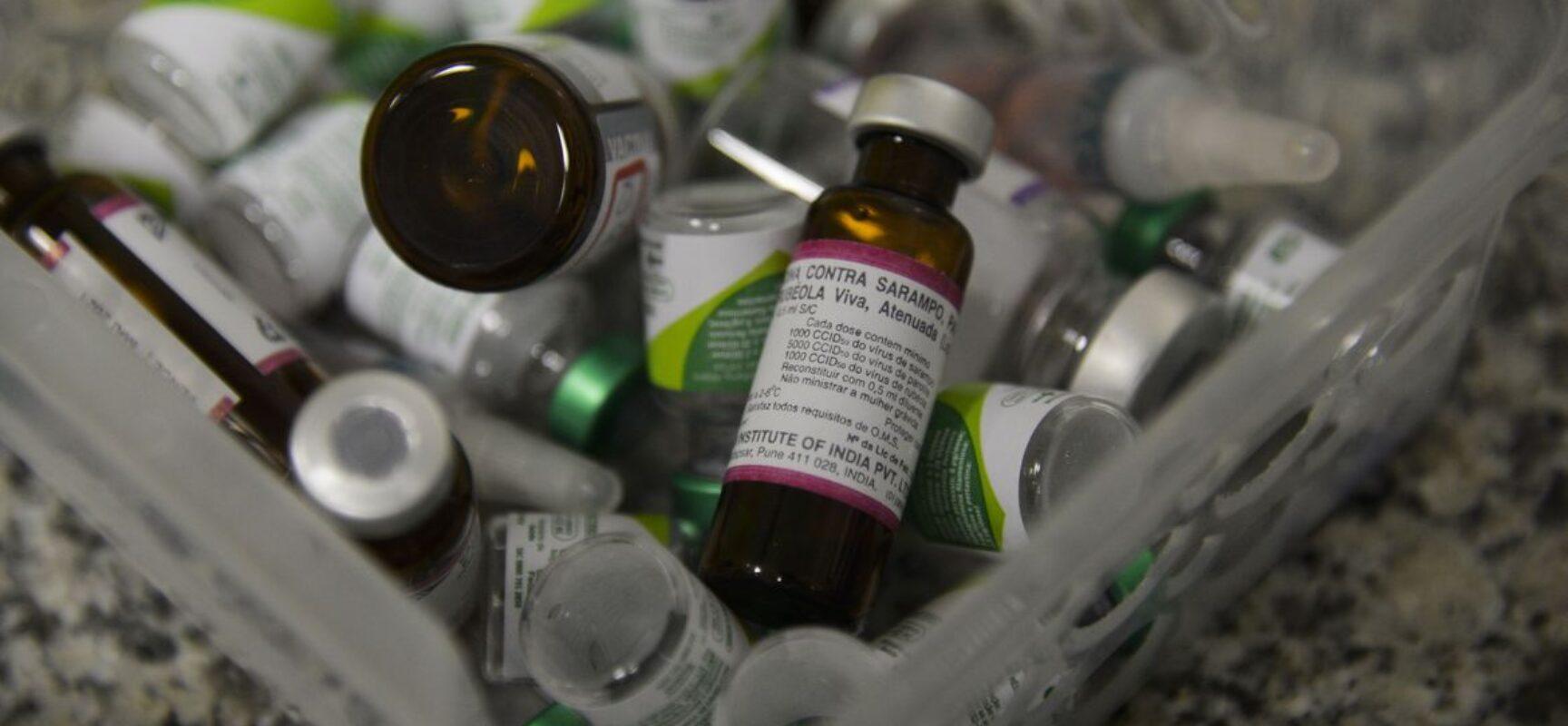 Cúpula internacional arrecada mais US$ 2,4 bi para distribuir vacinas