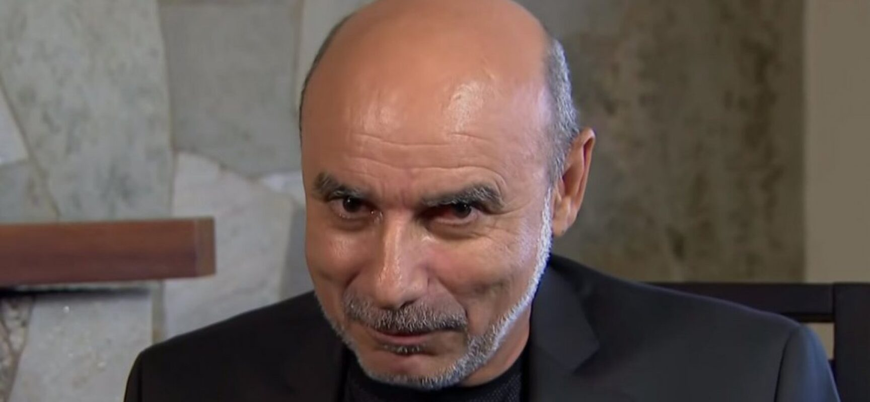 Denunciado pelo MP, Queiroz cogita candidatura a deputado federal em 2022