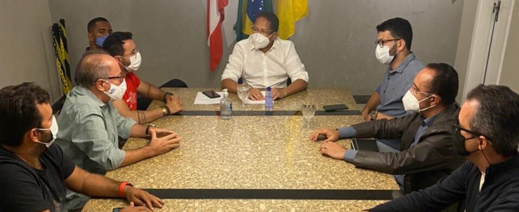 Empresários debatem sobre o fortalecimento do comércio com o prefeito de Itabuna