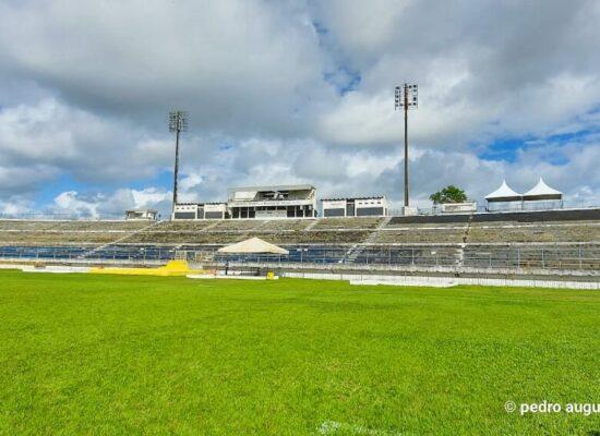 Federação Baiana de Futebol faz vistoria no Estádio Luiz Viana Filho