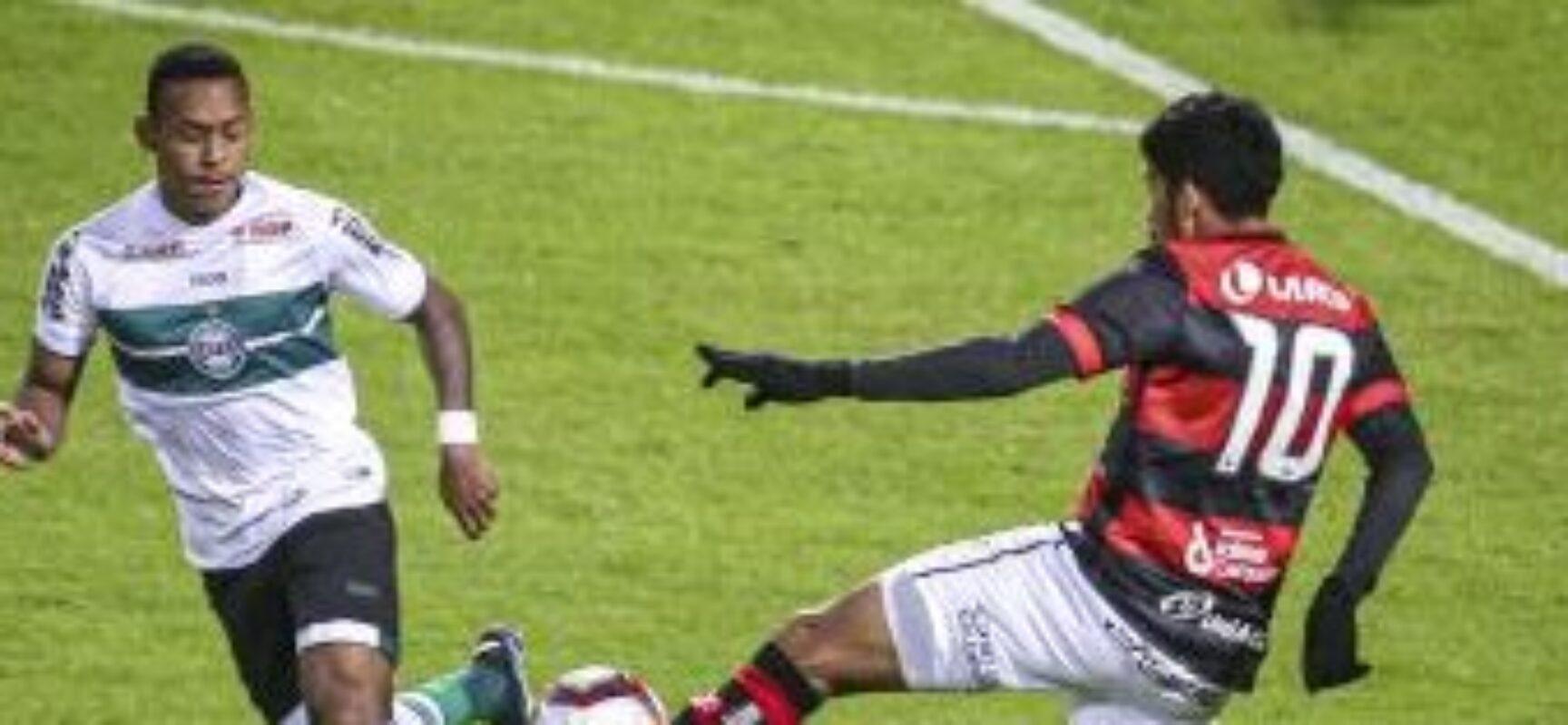 FUTEBOL: Vitória perde para o Coritiba no Couto Pereira pela Série B