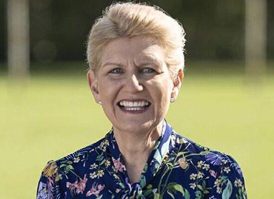 Inglaterra tem 1ª mulher nomeada presidente na federação de futebol