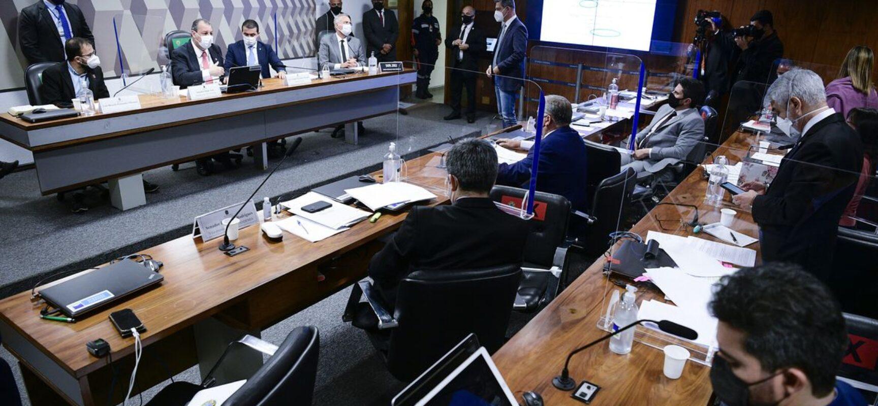 Luis Ricardo Miranda diz ter sofrido pressões para compra da Covaxin