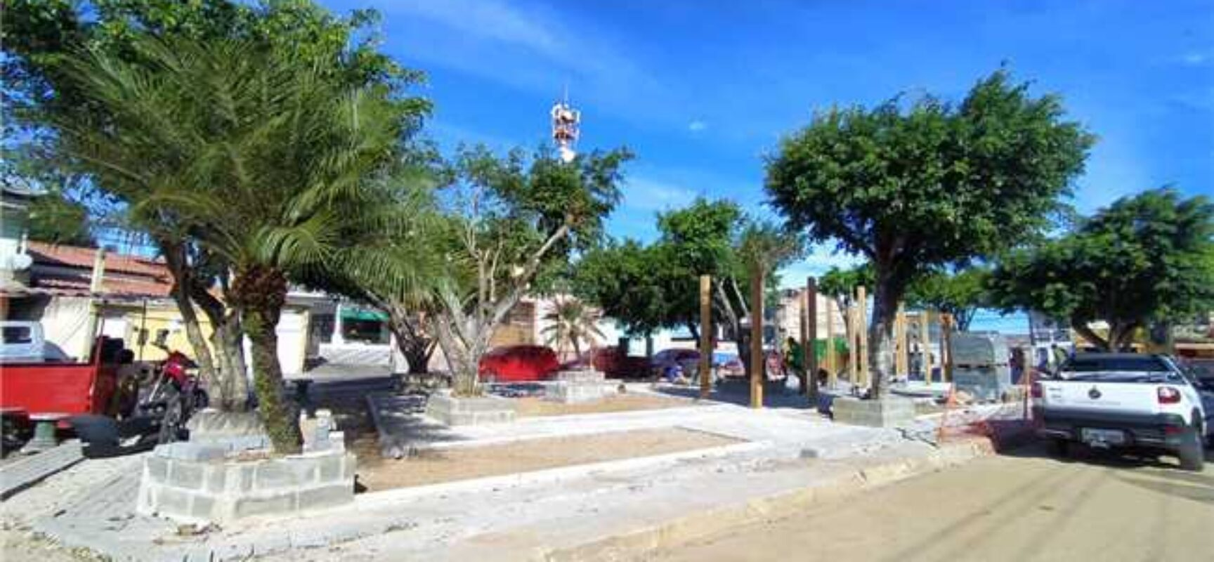 Obra da Praça Santa Rita avança e comunidade aplaude requalificação