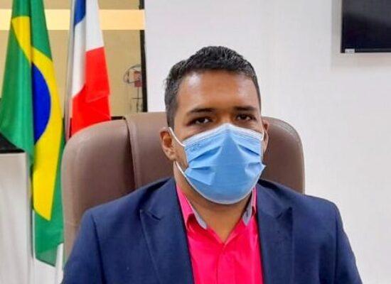 Os trabalhadores dos supermercados não pararam um só instante da pandemia e precisam ser vacinados, diz Jerbson