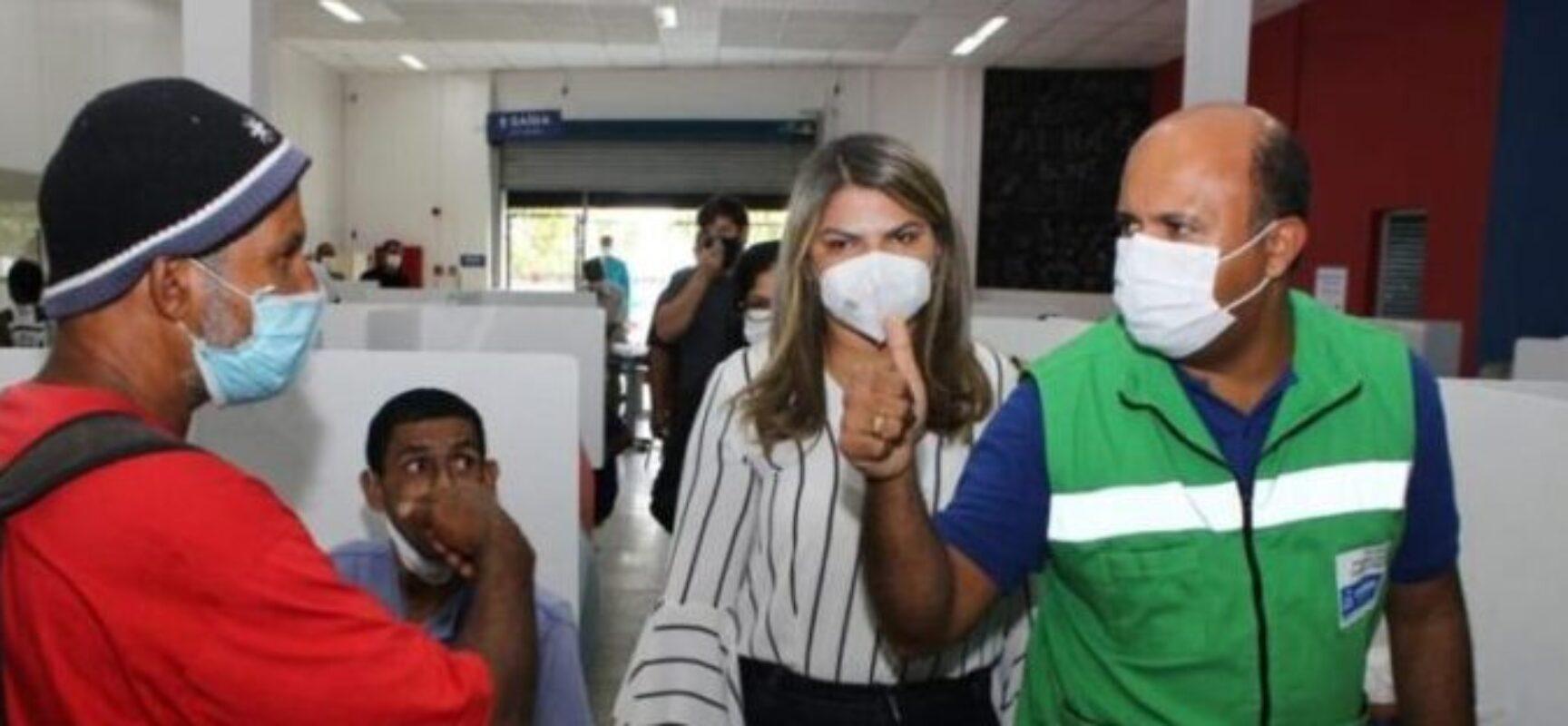Secretária Andrea Castro visita Restaurante Popular em Salvador