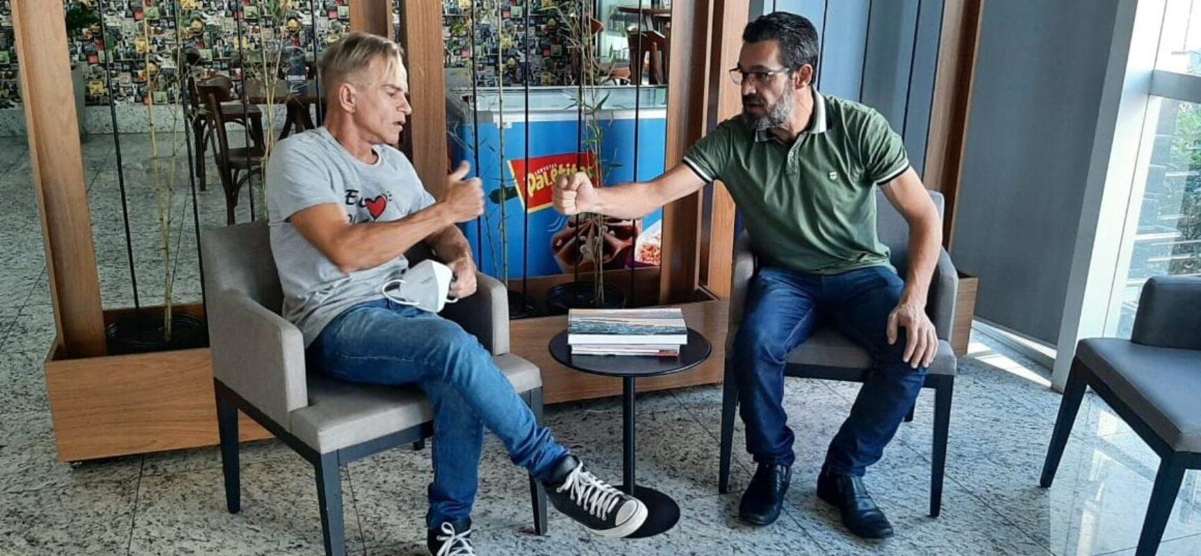 Vereador de Ilhéus LUCA LIMA participa de encontro com o ex-prefeito de Colatina, SÉRGIO MENEGUELLI.