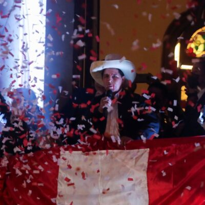 Castillo é confirmado presidente eleito do Peru após longa batalha