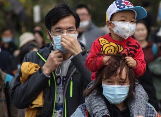 China soma 18 novos casos de coronavírus, todos de viajantes vindos do exterior