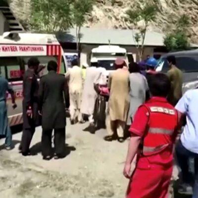 Explosão de ônibus no Paquistão mata 13, incluindo 9 chineses