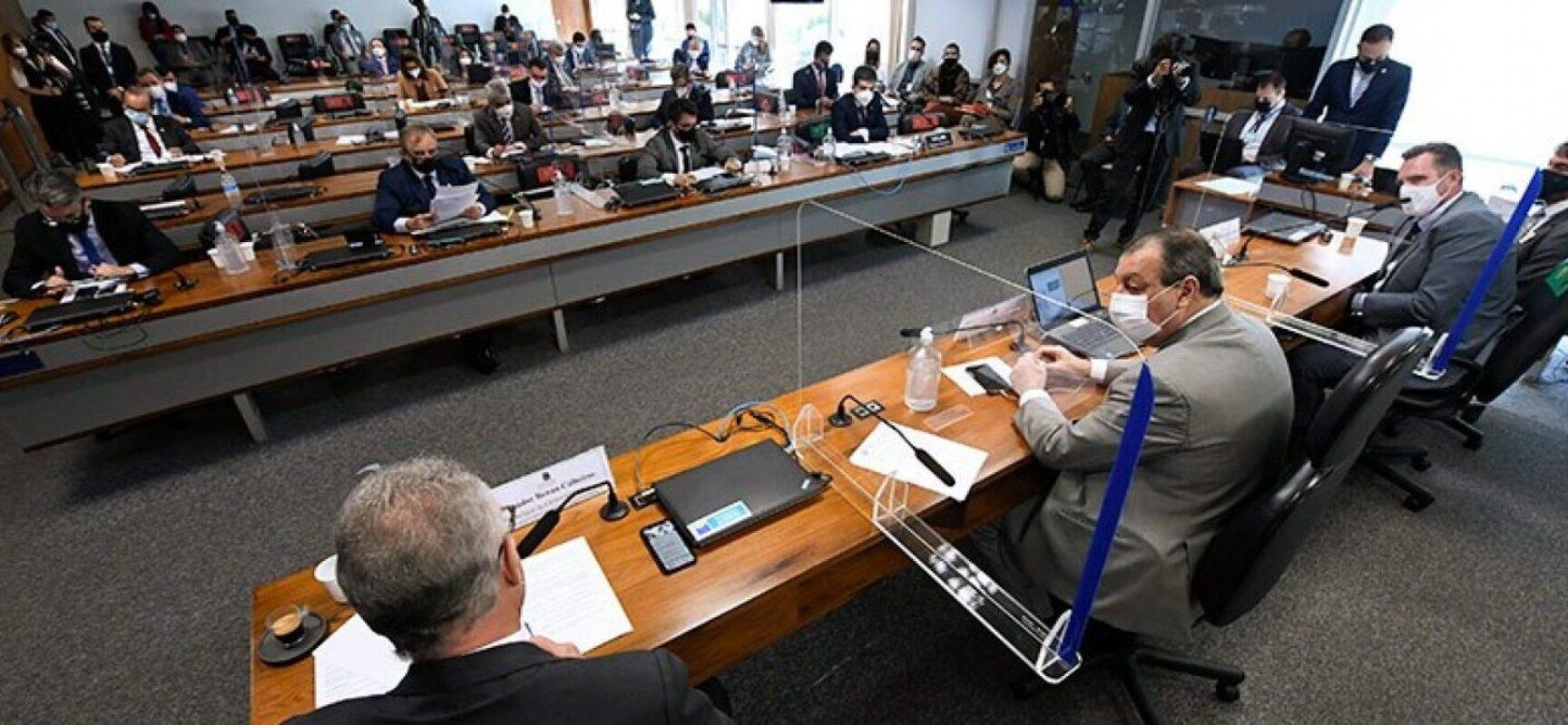 Senadores veem tentativa de blindagem do Executivo em áudio apresentado à CPI