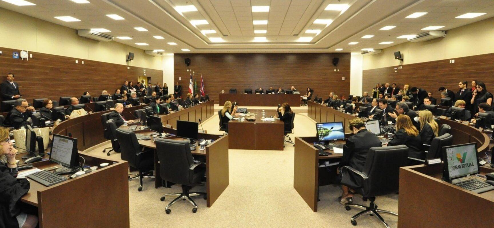 Após um ano e meio paralisado, Tribunal do Júri retoma sessões em Salvador com caso de homicídio