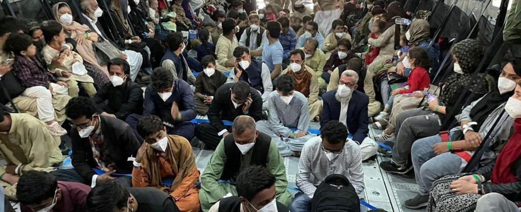 Magistrados afegãos ameaçados pelo Talibã chegam hoje a Brasília