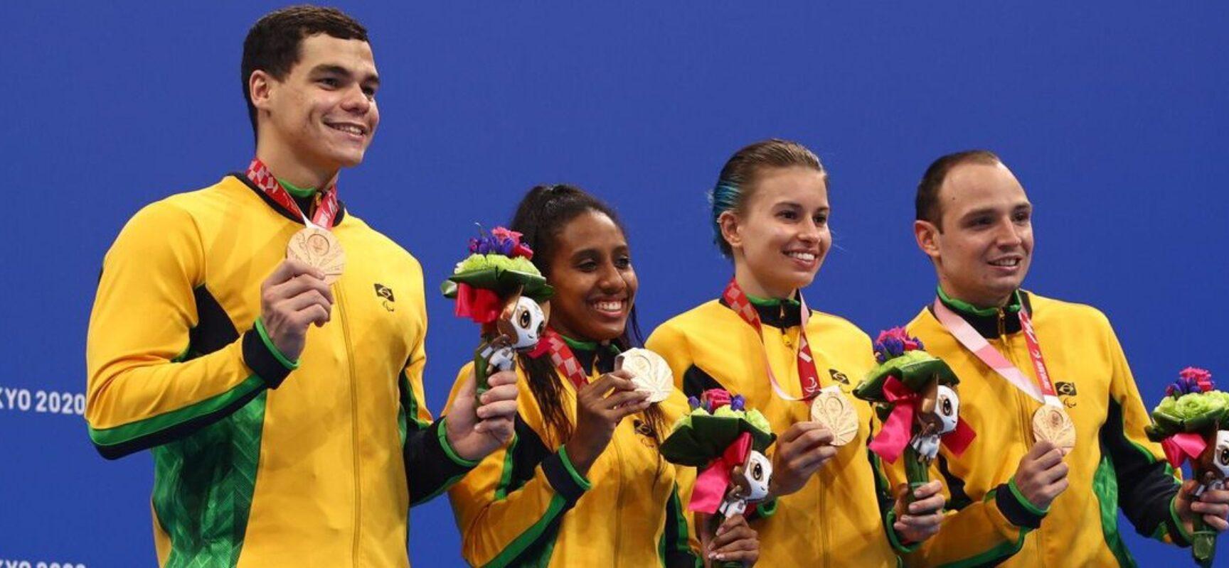 Natação brasileira leva mais um bronze em Tóquio
