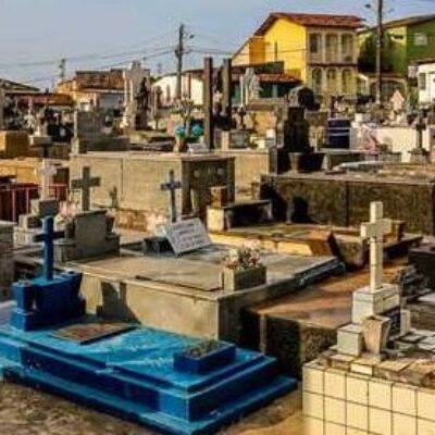 Covid-19: Ilhéus investiga óbitos fora do município; mortes foram registradas entre 2020 e 2021