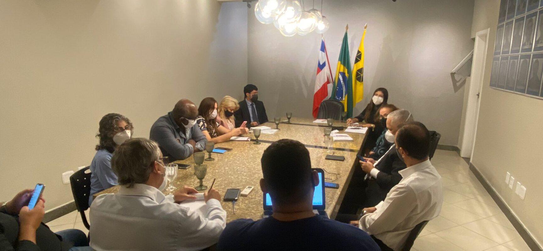 Prefeitura, MP-BA e ADAB debatem melhoria na vendas de carnes em Itabuna.