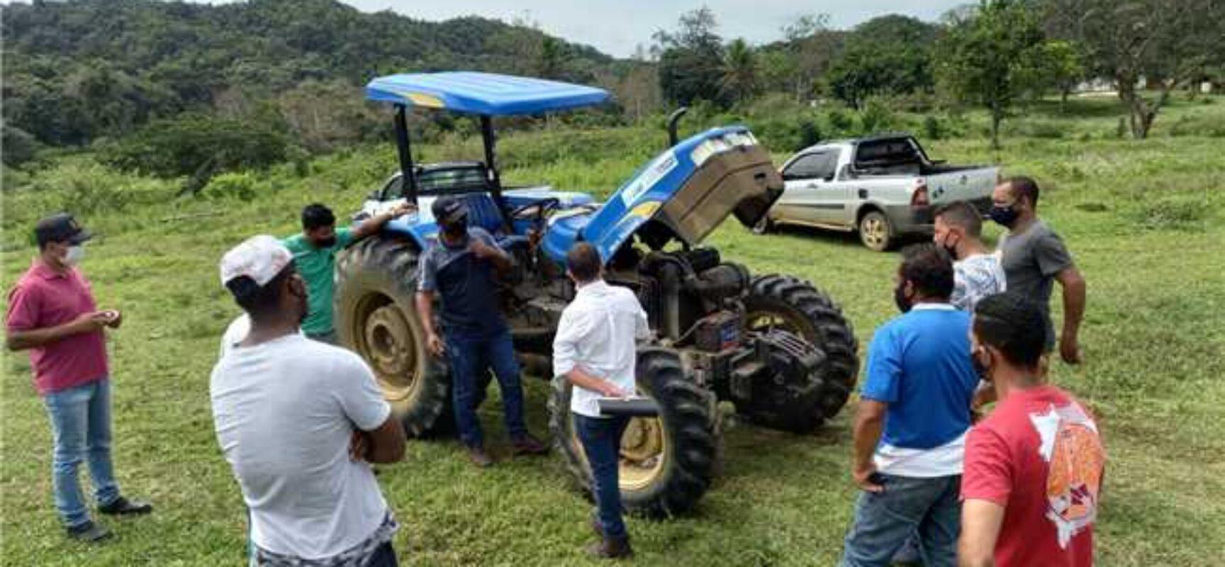 Prefeitura promove curso de tratorista no Assentamento João Amazonas