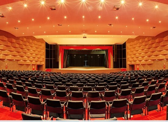 Teatro Candinha Dória suspende pauta de eventos para obras de manutenção