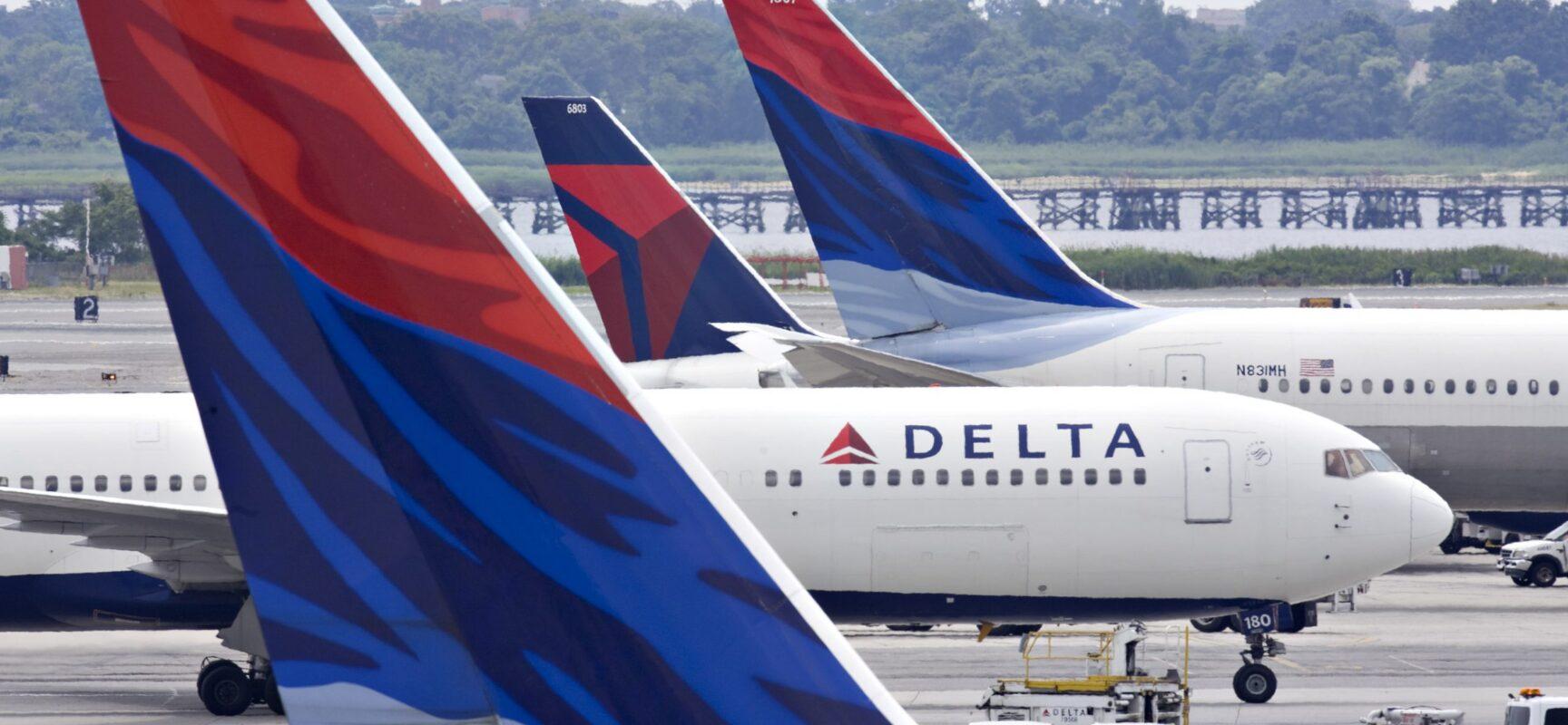 Delta espera contratar 1,5 mil comissários de bordo para 2021/2022