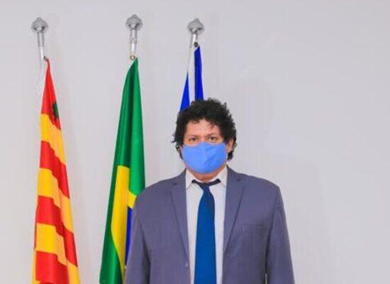 Edvaldo Gomes pede construção de um píer náutico público na Avenida Dois de Julho
