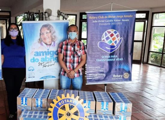 HNB e Rotary Jorge Amado doam 540 litros de leite ao Abrigo São Vicente de Paulo