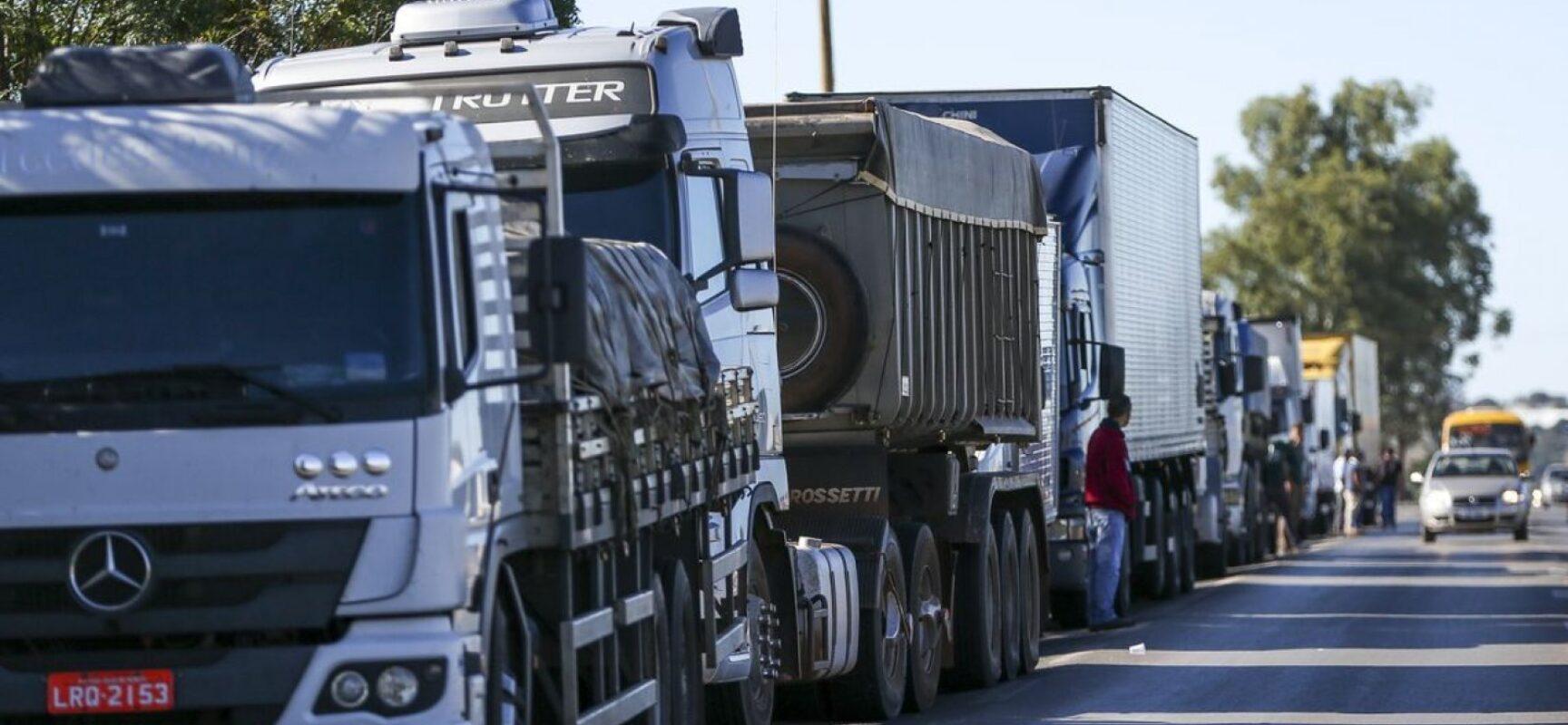Líderes caminhoneiros vão à Justiça contra Bolsonaro por causa de atos do 7 de Setembro