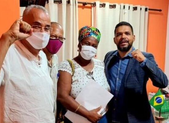 Movimento Cultural Povos de Terreiros de Ilhéus é recebido pelo presidente da Câmara de Vereadores