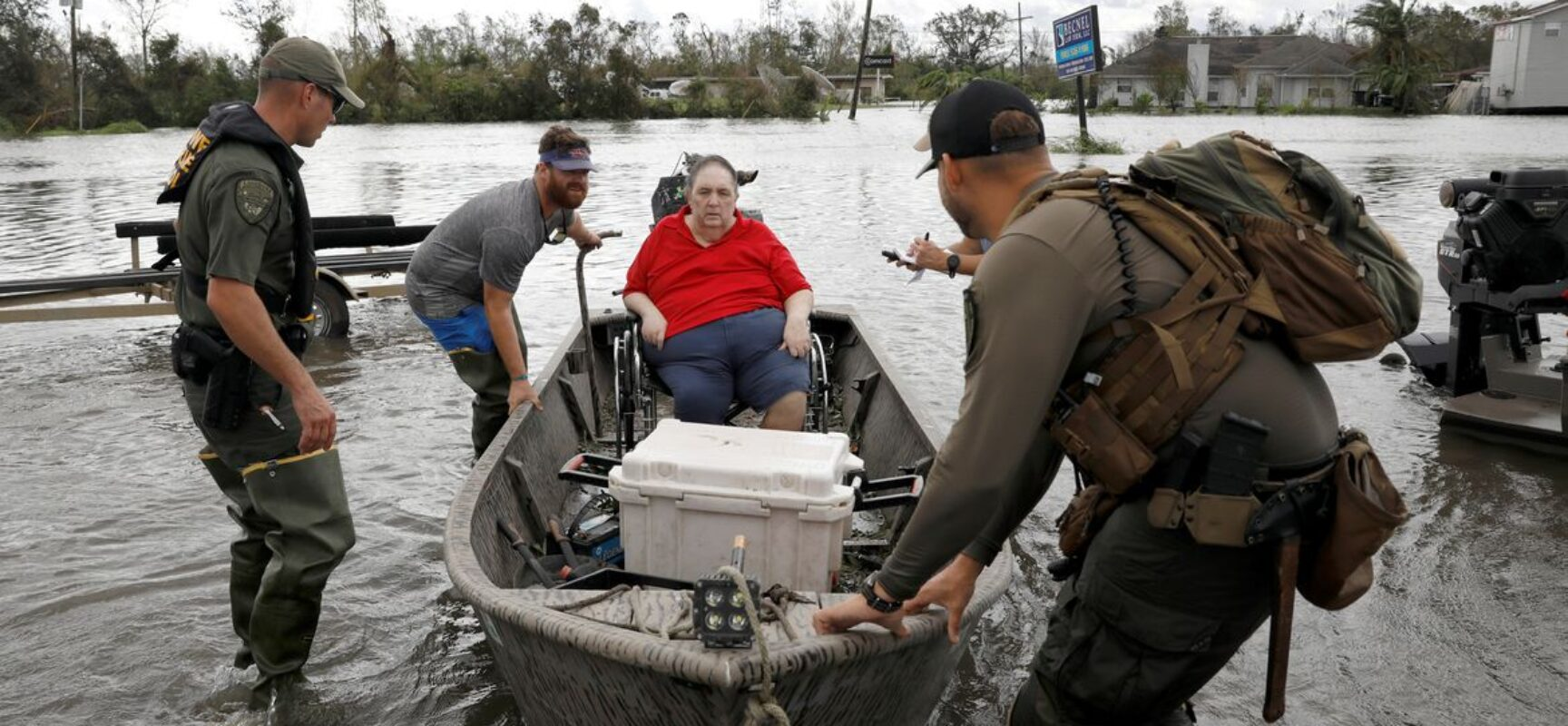 Número de mortos pelo furacão Ida sobe para pelo menos 50