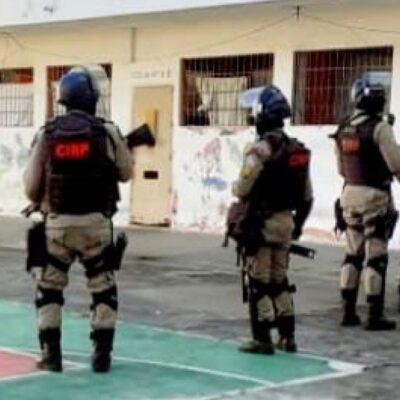 Polícia encontra 45 celulares e drogas durante revista em presídio de Simões Filho