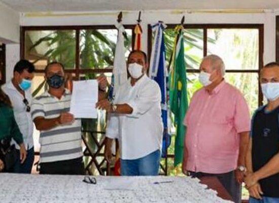 Prefeitura firma parceria com o Abrigo São Vicente para assistir os idosos