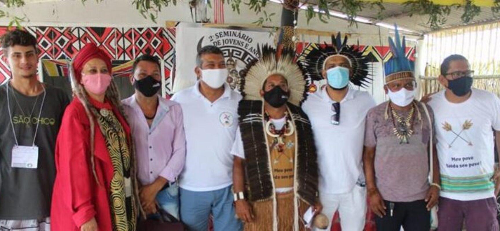 Presidente da Câmara é recebido com festa pelos Tupinambá após emendas que garantem benefícios importantes para a etnia