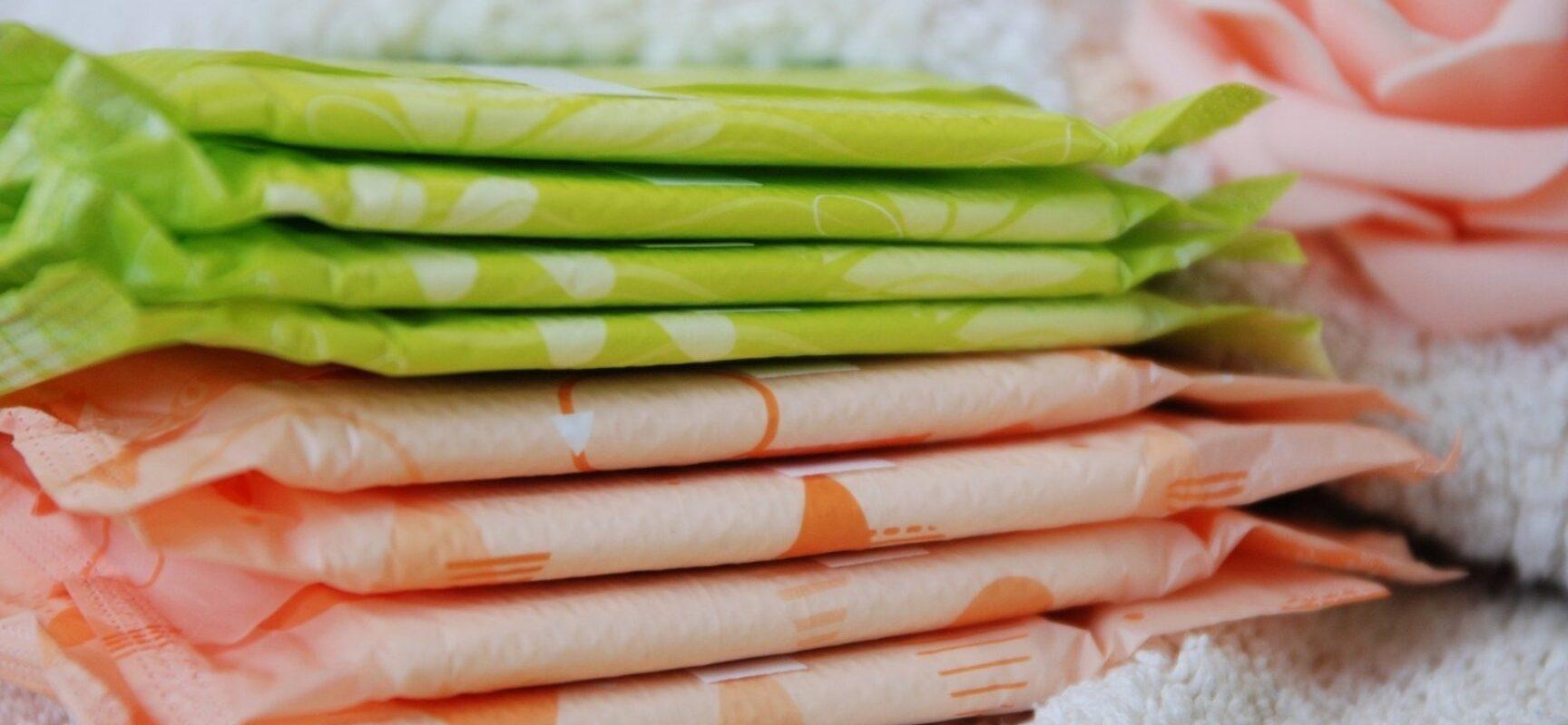 Senado aprova distribuição gratuita de absorventes a estudantes