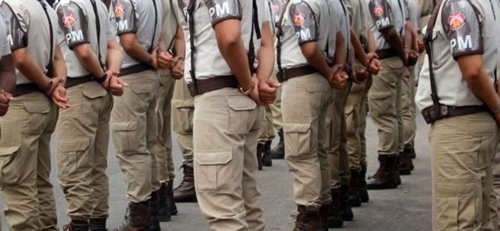 Três a cada dez PMs pretendem ir a atos a favor de Bolsonaro, diz pesquisa