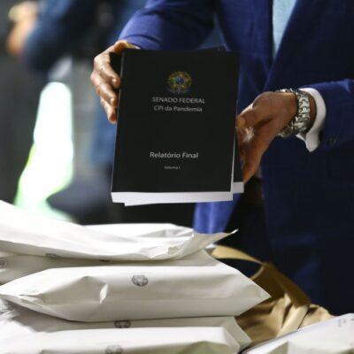 Em meio à leitura de pareceres, CPI vota amanhã relatório de Renan