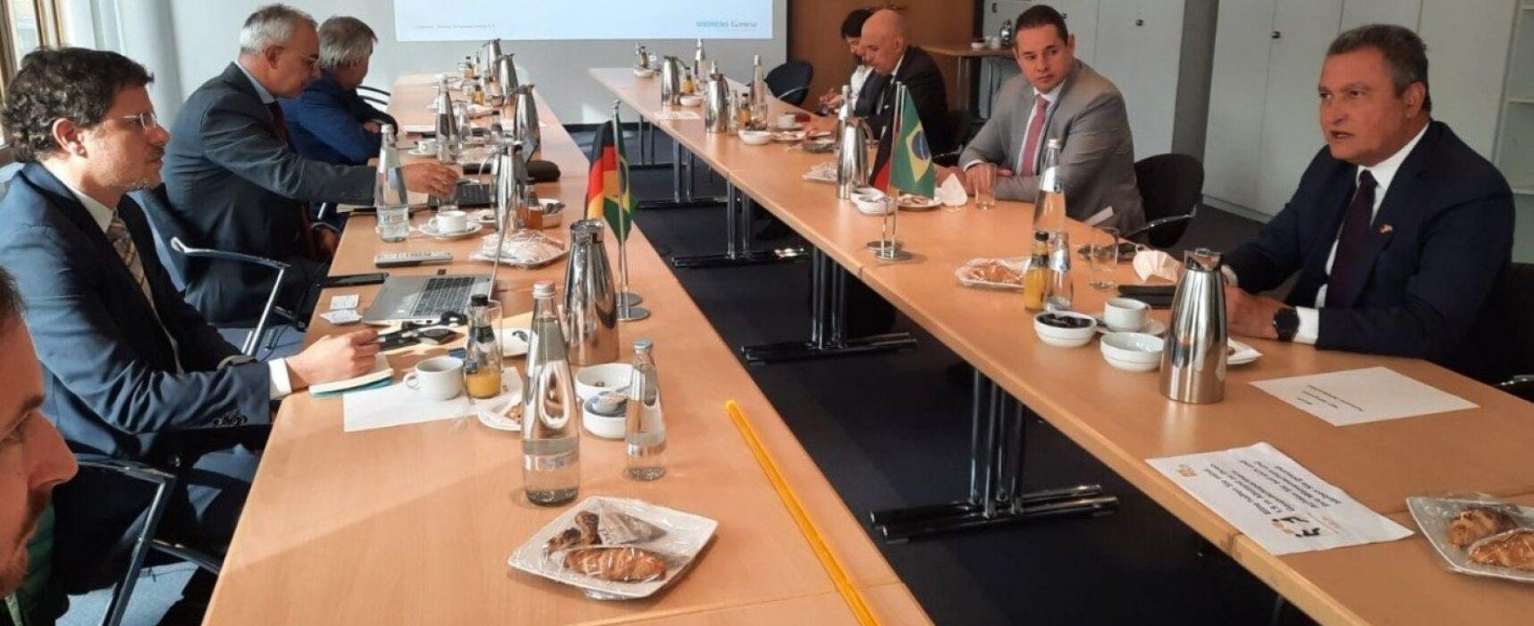 Na Alemanha, governador tenta atrair projeto de energia renovável para indústria baiana