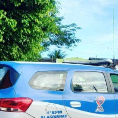 PM prende em flagrante agressor de companheira em Alagoinhas