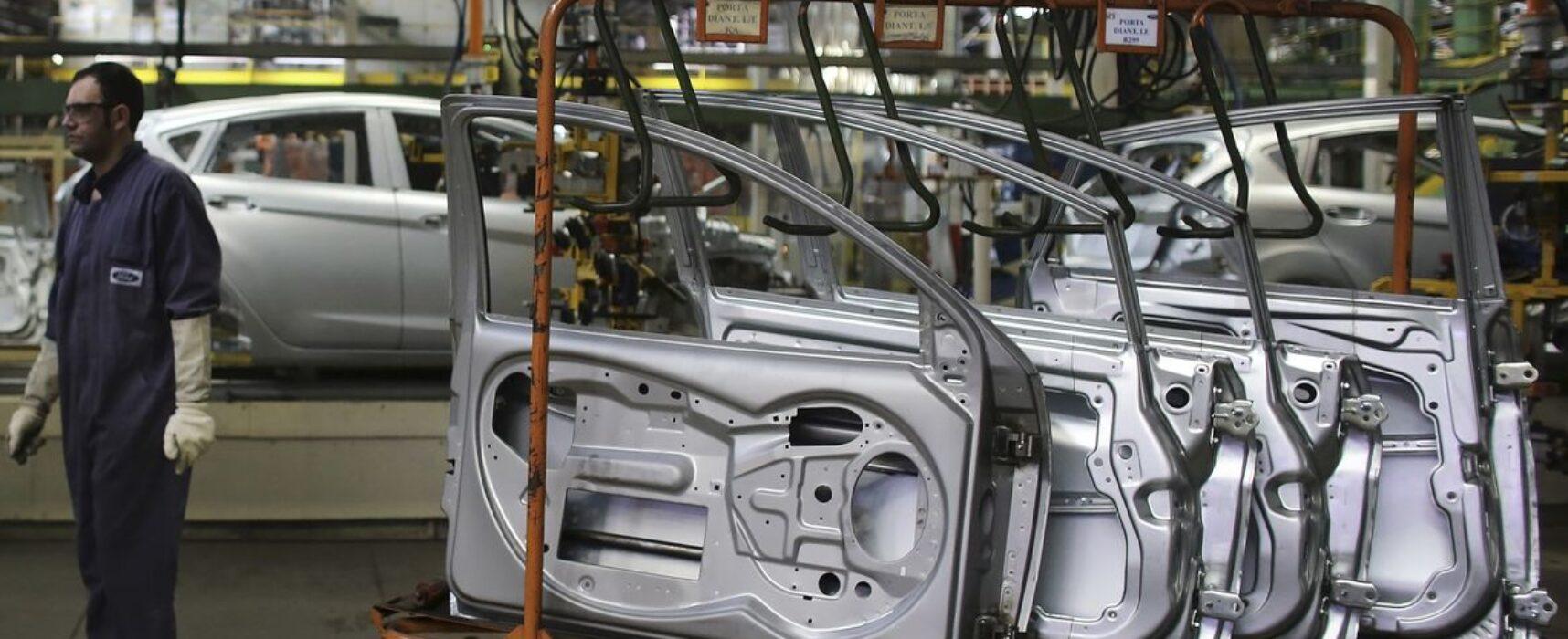 Vendas de veículos caem 10,2%, anuncia Anfavea